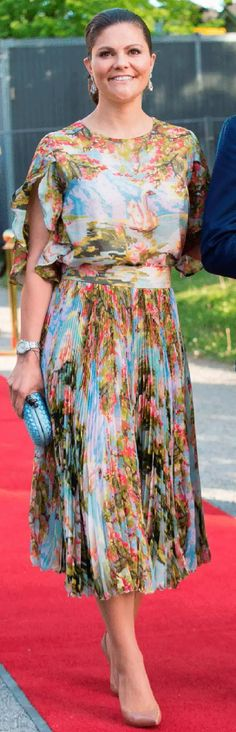 """Crown Princess Victoria attended an official dinner at Eric Ericssonhallen , wore custom piece from the Swedish designer Jennifer Blom """"http://theroyalsandi.com/"""""""