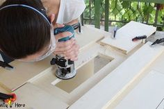 Homemade 3 in 1 Multipurpose Workbench: Table Saw, Router Table and Inverted Jigsaw (Free Plans): 15 Steps (with Pictures) Workbench Table, Woodworking Table Saw, Woodworking Jigsaw, Router Table, Woodworking Projects Diy, Woodworking Shop, Circular Saw Table, Best Jigsaw, Small Cafe Design