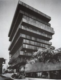EDIFICIO PALMAS, Mexico City  Juan Sordo Madaleno, 1975