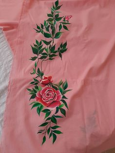 Fabric Paint Shirt, Fabric Painting On Clothes, Dress Painting, Painted Clothes, Fabric Art, Hand Embroidery Design Patterns, Hand Embroidery Dress, Kurti Embroidery Design, Saree Painting Designs