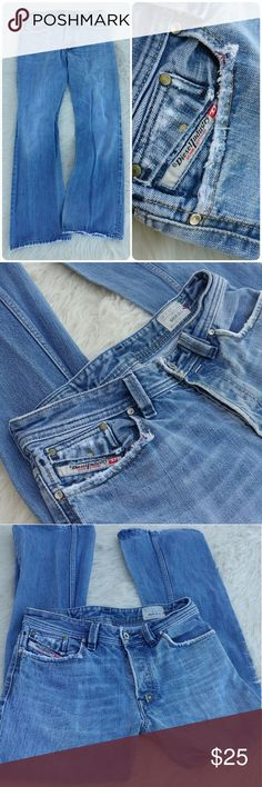 Men's Diesel Shazor jeans Distressed denim jeans by Diesel Size 30?30 Fraying on seams  Button down Diesel Jeans Bootcut