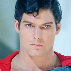 Christopher Reeve Movies, Christopher Reeve Superman, Real Superman, George Reeves, Dc Comics Art, Cute Celebrities, Man Of Steel, Book Images, Guy Pictures