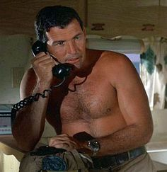 Welcome To RolexMagazine.com...Home Of Jake's Rolex World Magazine..Optimized for iPad and iPhone: Actor Brian Kelly from the 1960s Family TV Show Flipper wearing his Trademark Stainless Rolex Submariner