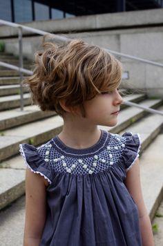 Baby Girl Fashion, Kids Fashion, Smocking Baby, Punto Smok, Smocked Baby Clothes, Baby Shawl, Baby Dress Design, Smoking, Heirloom Sewing