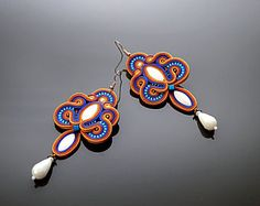 Colored soutache earrings with Mother of Pearl and Hematite.