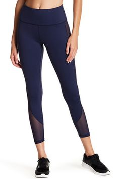 Why #workout in boring #clothes when you can do it in #style Get Form fitting #legging #OOTD #fitness prjon
