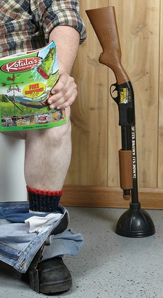 Redneck Plunger — It's a working toilet plunger paired with a simulated pump shotgun that delivers realistic shotgun sounds when you pull the trigger. I want this plunger! Redneck Humor, Gag Gifts, Looks Cool, My Guy, Laugh Out Loud, Man Cave, I Laughed, Haha, Laughter