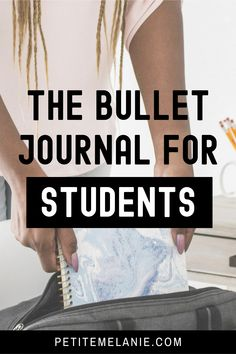Bullet Journaling for students, Part 1, 2 and 3. Tips to help students to be more organized during the school year. The complete guide to help students be more organized with a Bullet Journal during the school year. Class schedule, weekly schedule, homework, group projects, budget, finances, meal prep. Bullet Journal Homework, Bullet Journal Hacks, Bullet Journal School, Bullet Journal Layout, Bullet Journal Inspiration, Journal Ideas, Weekly Schedule, Class Schedule, Group Projects