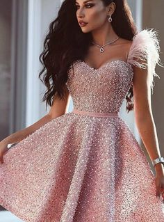 party outfit Cocktailkleider Rosa Luxus Rosa Cocktailkleider Kurz A Linie Abendkleider Mini Online Cute Prom Dresses, Top Wedding Dresses, Ball Dresses, Elegant Dresses, Pretty Dresses, Homecoming Dresses, Beautiful Dresses, Evening Dresses, Short Dresses