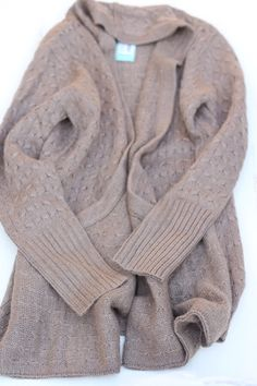 Do you still have this Brixton Ivy cardigan in taupe? If so, I'd love it.