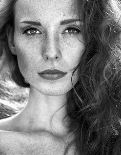 Beautiful Portraits by Anna Nevreva | Cuded