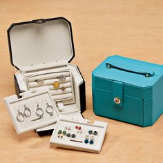 Jewelry Chalet Vanity. $19.99