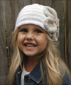 Ravelry: The Riyan Cloche' pattern by Heidi May Knitting Patterns Free, Knit Patterns, Free Pattern, Love Crochet, Crochet Baby, Knit Crochet, Baby Hats Knitting, Knitted Hats, Velvet Acorn