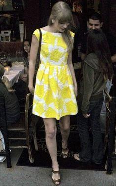 Taylor Swift Fashion and Style - Taylor Swift Dress, ...