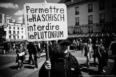 «Haschisch vs Plutonium» La PHOTO du Jour du 12 mai 2012