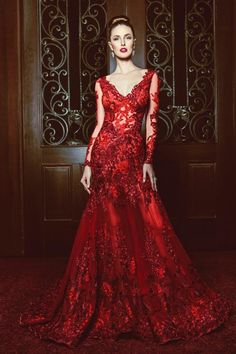 gown: fire prom dresses, red wedding dresses и red Prom Dresses For Teens, Grad Dresses, Fall Dresses, Dress Outfits, Red Wedding Gowns, Red Gowns, Belle Silhouette, Lauren, Designer Gowns