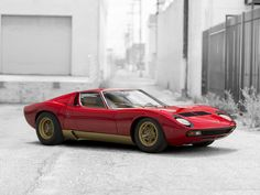 1971 Lamborghini Miura P400 SV at Monterey RM auction this summer. You can lease it through Premier. Apply online for auction pre-approval. #Lamborghini #LeaseALamborghini #MontereyAuction