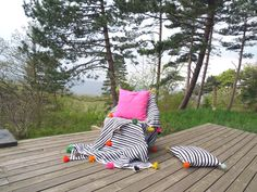 Black & white & multicolour designed by kira-cph.com. Blanket, bedspread and cushions