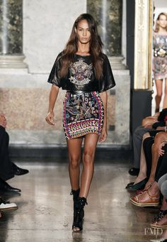 Photo feat. Joan Smalls - Emilio Pucci - Spring/Summer 2014 Ready-to-Wear - milan - Fashion Show | Brands | The FMD #lovefmd
