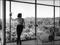 Glass House - Lina Bo Bardi 1952