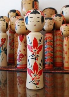 beautiful japanese Kokeshi handmade wooden dolls