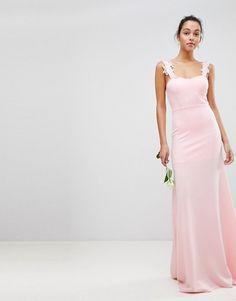 35235602d45 Платье-бандо макси с кружевом и вышивкой Club L. ASOS