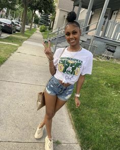 Summer Swag Outfits, Swag Outfits For Girls, Teenage Girl Outfits, Cute Swag Outfits, Dope Outfits, Fashion Outfits, Teenager Outfits, Baddie Outfits Casual, Black Girl Aesthetic