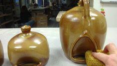 Demonstration of how ceramic chicken waterer works