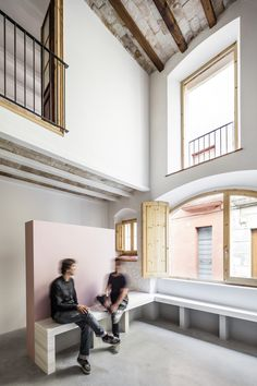 ARCHDAILY: Casa Lluna / CAVAA Arquitectes http://www.davincilifestyle.com/archdaily-casa-lluna-cavaa-arquitectes/            Casa Lluna / CAVAA Arquitectes                       © Adrià Goula                                                                                  +21                                © Adrià Goula     From the architect. Casa Lluna, located in Vilanova i la Geltru's old town was imagined as a streetscape inside a domestic space. A series of