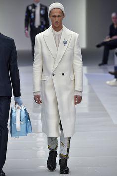 Versace Menswear Fall Winter 2016 Milan