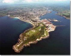 Google Image Result for http://www.moorgoodshelicopters.co.uk/images/photos/falmouthPendennisPoint.jpg