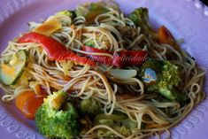 Noodles with Vegetables Vegetable Noodles, Vegetable Recipes, Savoy Cabbage, Meal Planner, Calorie Diet, Vegetarian, Tasty, Stuffed Peppers, Ideas