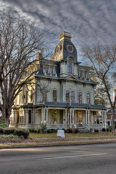 Heck-Andrews House, 1869, Second Empire Style. The house was originally owned by industrialist Jonathan McGee Heck (1831-1894) and his wife Mattie. One of their twelve children, social activist Fannie E.S. Heck (1862-1915), was president of the both the state and national Women's Missionary Union.