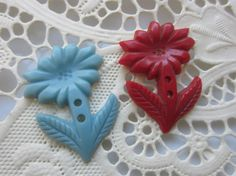 Vintage Buttons Cottage chic 1940's flowers set by pillowtalkswf, $3.95