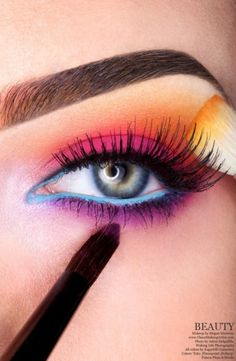 Beautiful sunset inspired makeup by Megan Martinez--if I had the talent and the time/place to wear this...
