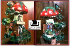Toadstool gnome house. Our speciality! They're all OOAK-  . #fairy_gardens - #fairies -  #jardín_de_hadas #gnome_houses  - #casas_de_duendes