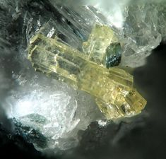 Haineaultite, Mt. St. Hilaire, Canada