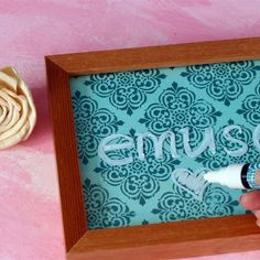 A 5 minute project, using a picture frame to make a memo board, and decorating a pen to match!