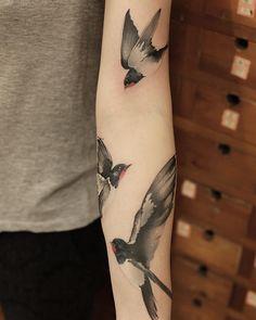 Chen Jie Newtattoo bird tattoo Tatuaje de pájaro Chen Jie Newtattoo y arte corporal Dream Tattoos, Future Tattoos, Love Tattoos, Beautiful Tattoos, Body Art Tattoos, New Tattoos, Tattoos For Women, Tatoos, S Tattoo