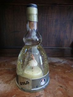 Bols Ballerina. Musical bottel brandy. Gold Liqueur by Antiquari