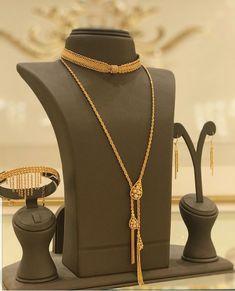 Antique Jewellery Designs, Fancy Jewellery, Arabic Jewelry, Gold Bangles Design, Gold Jewellery Design, Bridal Jewelry Sets, Jewelry Box, Gold Jewelry Simple, Gold Fashion
