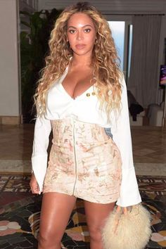Beyoncé Is Back on the Date Night Scene in an Outfit Like You Wouldn't Believe