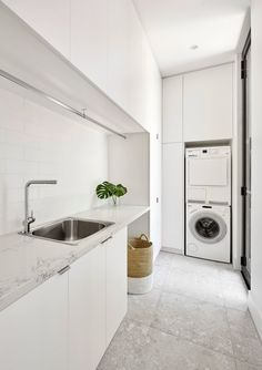 34 ideas for bath room design small white laundry rooms Modern Laundry Rooms, Laundry In Bathroom, Laundry In Kitchen, Ikea Laundry, Laundry Cabinets, Zen Bathroom, Basement Laundry, Bathroom Modern, Modern Room