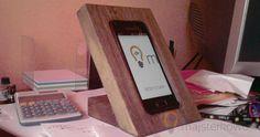 Wooden Smartphone Holder - Biurkowa, drewniana podstawka na smartphone DIY