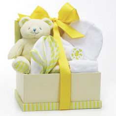 Top 10 Baby Shower Gifts from Overstock™. Wondering what baby gifts togive at your next baby shower? One of these popular baby gifts is sure to please the new parents. Regalo Baby Shower, Baby Shower Gift Basket, Baby Hamper, Baby Baskets, Baby Boy Shower, Gift Baskets, Baby Shower Gifts, Newborn Baby Gifts, New Baby Gifts