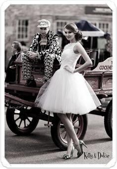 Love this dress! Kitty & Dulcie : Pearly Queen, a Cheap but Gorgeous Wedding Dress