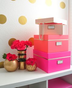 #FOSofficetour Preview Glam Home Office FOXY OXIE SUPERNOVA // Kate Spade decor neon nesting boxes // glam office decor ideas // fashion blogger office // gold white and pink decor // room inspiration // office tour