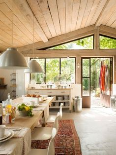 Décor de Provence: great space plainly furnished (Ikea sideboard there)