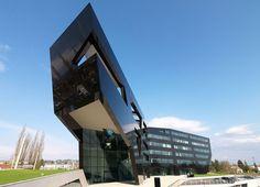 MP09 building