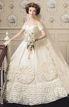 """""""Jacqueline Kennedy"""" Bride Doll 
